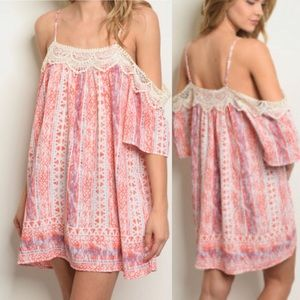 Dresses & Skirts - 🆕 🌸Pink Ivory Blue Dress